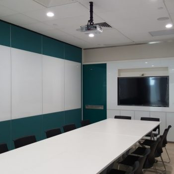 CTBC-Solid-OW-with-Glass-Whiteboard-1024x576 (1)