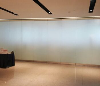 Singapore-Business-Federation-@-SBF-Ctr-SLF-300-Frameless-Glass-System-530x300